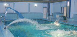Бассейн плавательный, спа зона в отеле «GREEN PARK»