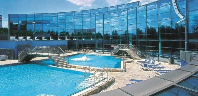 Аквапарк со спортивно-развлекательным комплексом в городе Суздаль